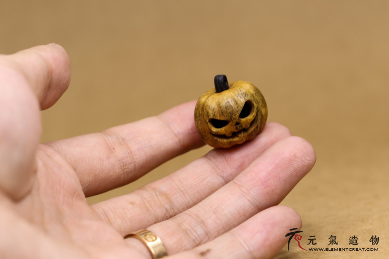 Halloween core(屹人)